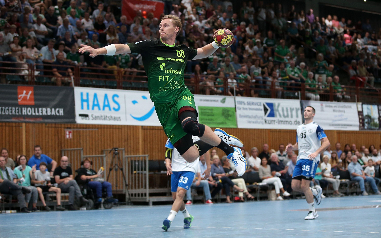 v.li.: Julian Sauer (DJK Rimpar Wölfe), Carl Löfström (TSV Bayer Dormagen), Ante Grbavac (TSV Bayer Dormagen), 15.09.2019, Würzburg (Deutschland), Liqui Moli 2. Handball-Bundesliga, DJK Rimpar Wölfe - TSV Bayer Dormagen