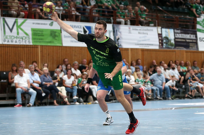 v.li.: Dominik Schömig (DJK Rimpar Wölfe), Freisteller, Einzelbild, Aktion, 15.09.2019, Würzburg (Deutschland), Liqui Moli 2. Handball-Bundesliga, DJK Rimpar Wölfe - TSV Bayer Dormagen